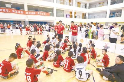 2019上海城市业余联赛-青少年旱地冰球锦标赛举行