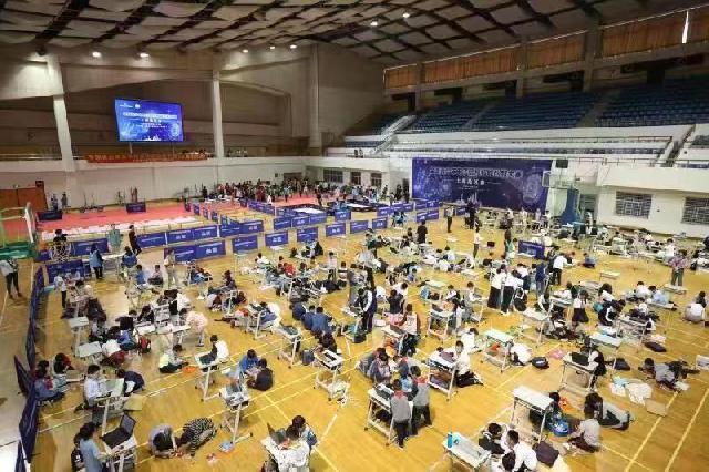 建一座太空站、设计智能机器人……这场比赛吸引了3300多名青少年报名