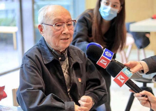 大年三十刚过,91岁的吕其明突然辗转难眠,又拿起了手中的笔