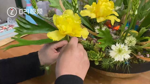 有自信,不要怕!上海聋人为让伙伴更自信创办插花店,丧失听力不会丧失美的眼光